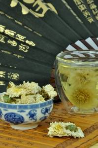 chrysanthemum tea, a custom drink of the Double Ninth festival
