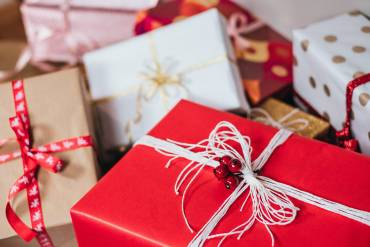 The Art of Gift Giving – What Not to Gift