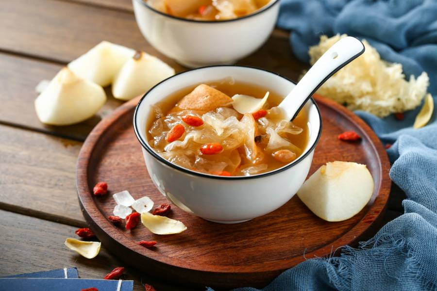 Snow Fungus and Pear Soup Recipe